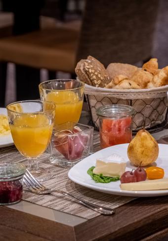 Best Western Plus Hôtel Littéraire Gustave Flaubert - Le petit déjeuner
